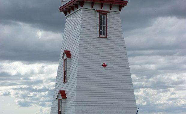 Souris Historic Lighthouse / Phare historique de Souris